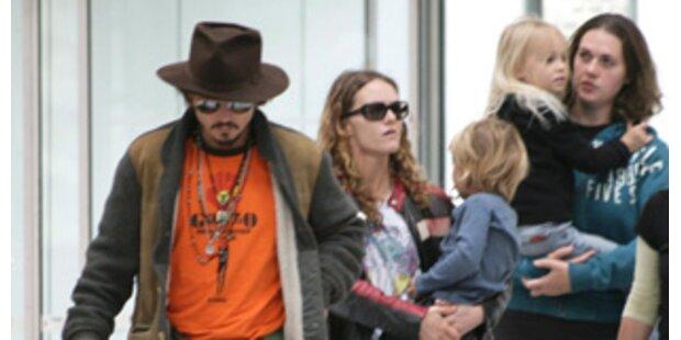 Depp & Paradis geben sich das Ja-Wort