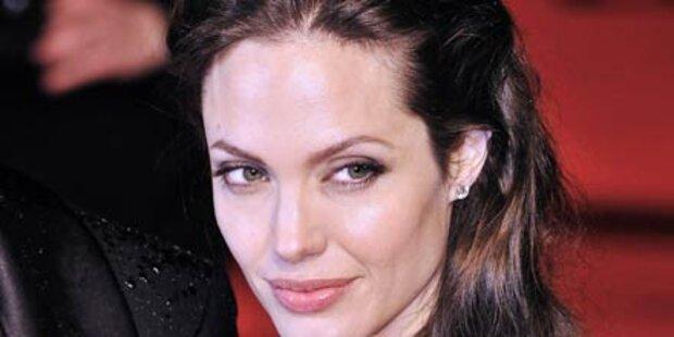 Jolie: Holt sie sich ein Baby aus Haiti?