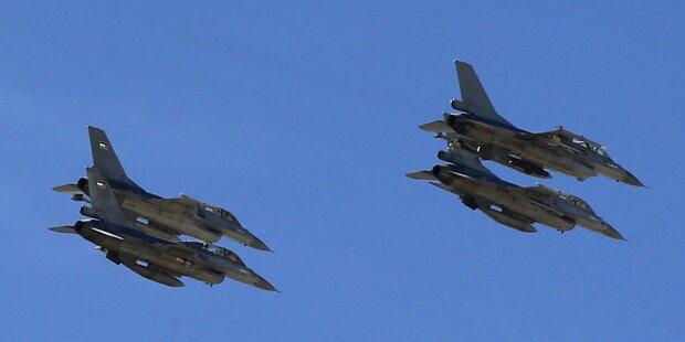 Jordanien fliegt Angriffe auf IS