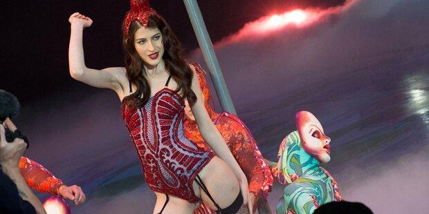 GNTM: Julia wird Burlesque-Tänzerin