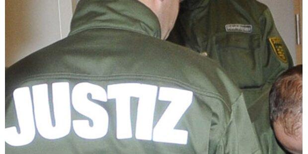 Ehemaliger SS-Mann (90) angeklagt