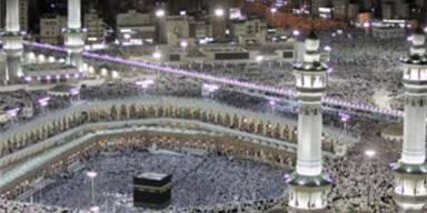 Muslime wollen Christen Essen im Ramadan verbieten