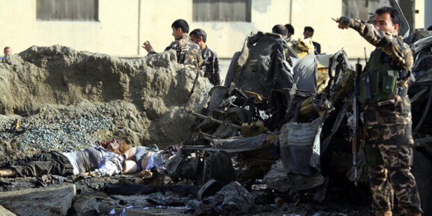 12 Tote nach Selbstmordanschlag