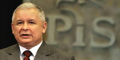 Regierungschef Jaroslaw Kaczynski von der nationalkonservativen PiS ist der Zwillingsbruder von Staatspräsident Lech Kaczynski.