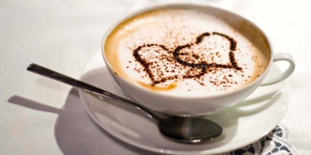 Studie: Tee und Kaffee schützen das Herz