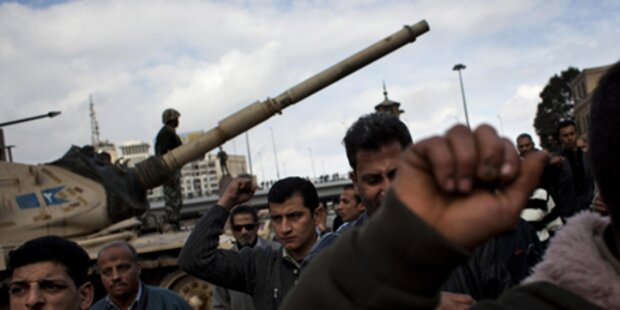 Militär schickt Kampfjets nach Kairo