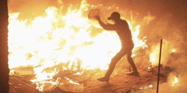 Gewalt überschattet Jahrestag der Revolution