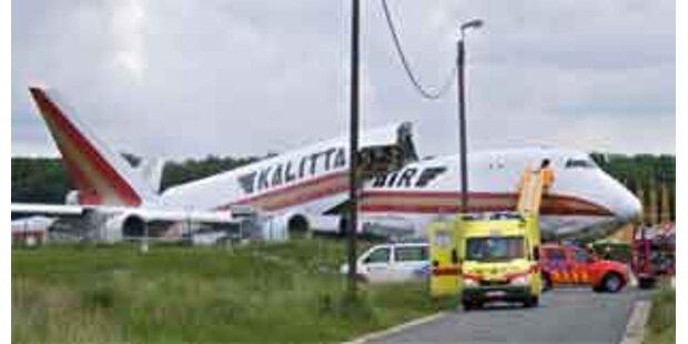 Frachtflugzeug beim Start in Brüssel verunglückt