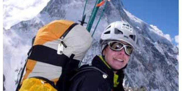 Kaltenbrunner brach Aufstieg am Lhotse ab
