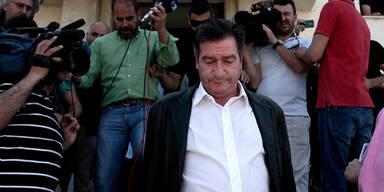 Athens Bürgermeister verprügelt