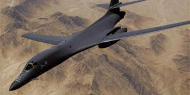 Weitere NATO-Luftangriffe auf Tripolis