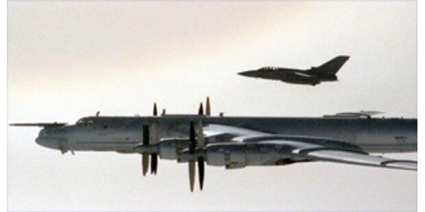 Britische Kampfjets fangen russische Bomber ab