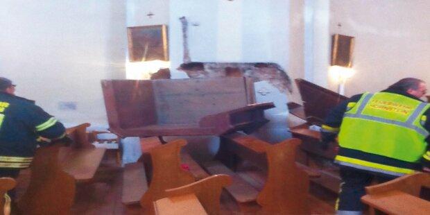 200-Kilo-Kanzel stürzte auf Kirchenbänke herab