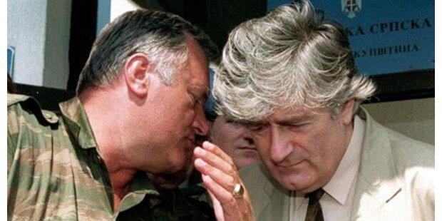 Mladic und Karadzic in Serbien