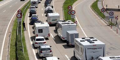 Staus und Unfälle auf Österreichs Straßen