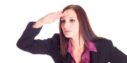 Starke Frauen erklimmen die Karriereleiter