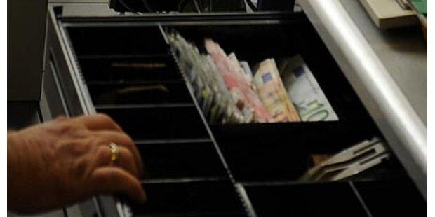 Kassierin unterschlägt 20.000 Euro