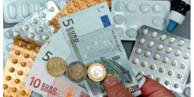 Deutsche Krankenkassen mit zwei Mrd. Euro im Plus