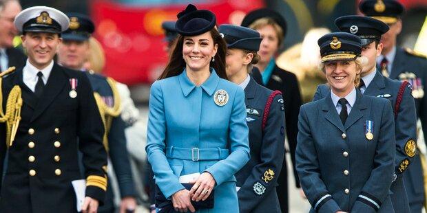 Kate protzt – Queen spart