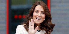 Herzogin Kate liegt in den Wehen