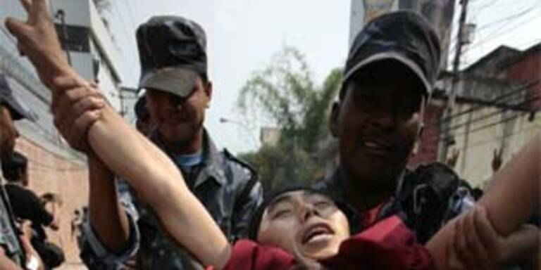 Festnahmen in Kathmandu