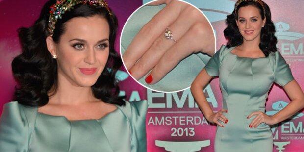 Katy Perry, ist das ein Verlobungsring?