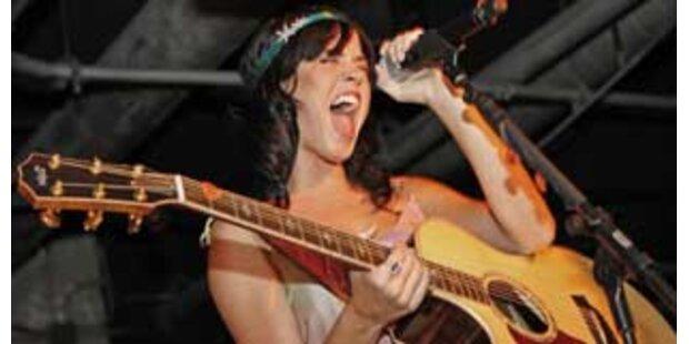 Katy Perry an Spitze der Österreich-Charts!