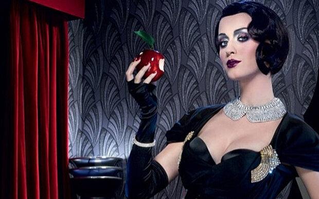 Katy Perry als sexy Schneewittchen