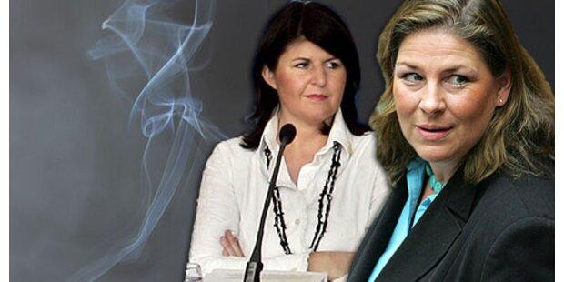 Raucherkrieg zwischen Kdolsky und Burgstaller