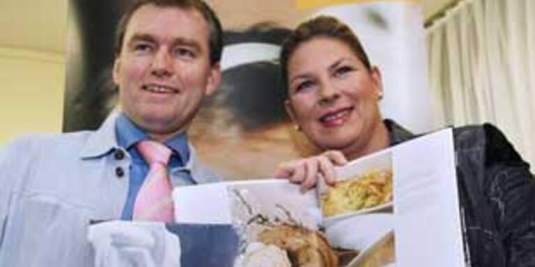 Andrea Kdolsky präsentiert ihr Schweins-Kochbuch