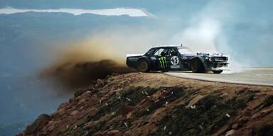 Drift-Gott Ken Block stürmt den Pikes Peak hoch