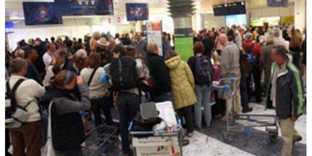 Erste Urlauber aus Kenia in Österreich angekommen