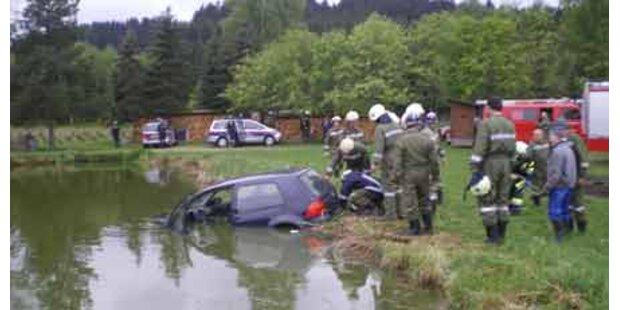 Statt Frontalcrash: Flug in Teich