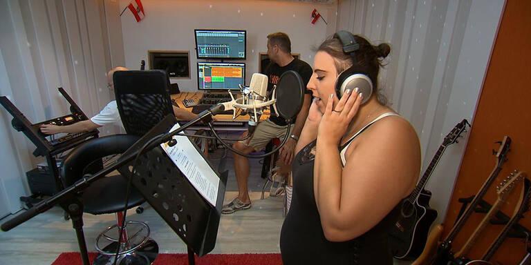 ATV-Star Kerstin wird jetzt Popstar!