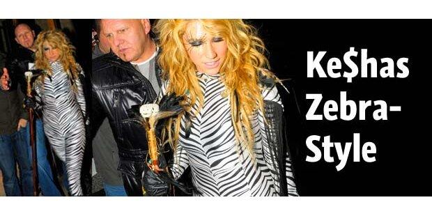 Ke$has tierischer Zebra-Look