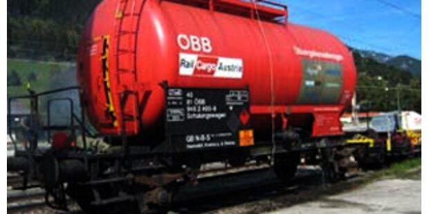 Salzsäure aus ÖBB-Kesselwaggon ausgetreten