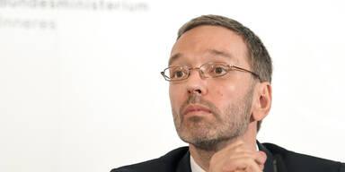 """Kickl schießt gegen VdB: """"Steht nicht über der Verfassung"""""""