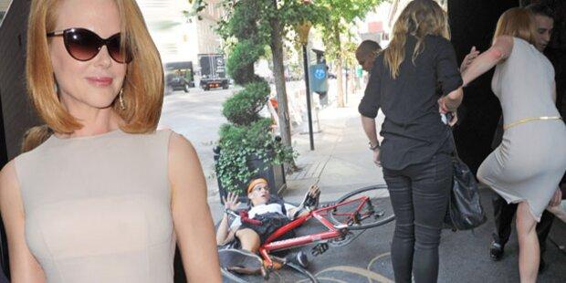 Nicole Kidman von Paparazzo angefahren