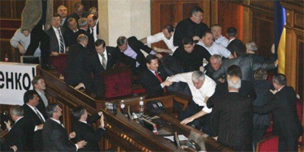Wilde Prügelei im ukrainischen Parlament