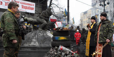 Demonstranten räumen Rathaus in Kiew