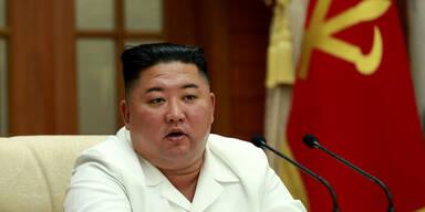 Nordkorea zeigt neue Fotos von Kim Jong-un