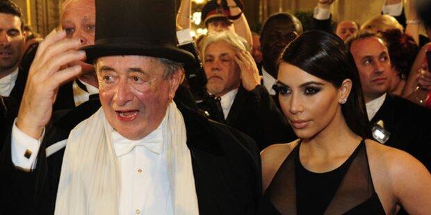 Kim Kardashian ließ Lugner sitzen