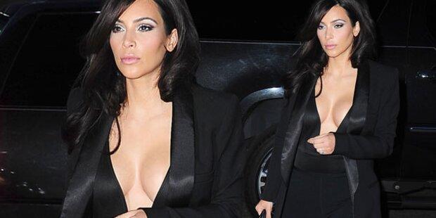 Kim Kardashian zeigt wieder Dekolleté