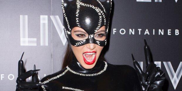 So sexy feierte Kim Kardashian Halloween