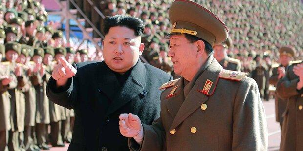 Kim: Telefonbuch-Schmuggler hingerichtet