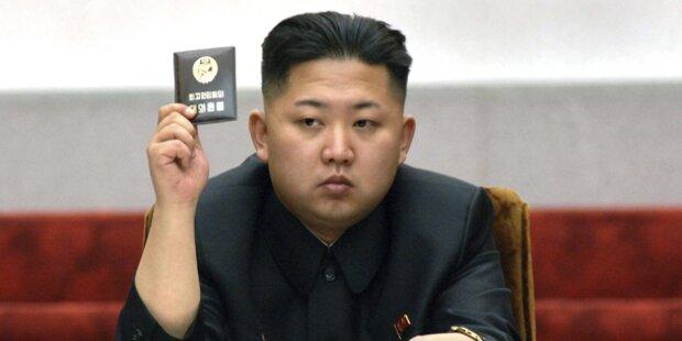 Hat sich irrer Diktator verschönern lassen?