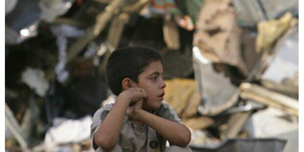 60 Kinder liegen noch unter den Trümmern