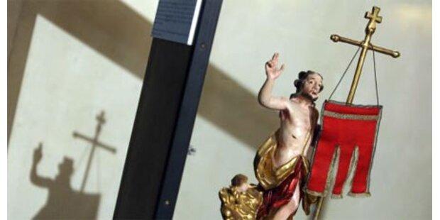 2009 ein Drittel mehr Kirchenaustritte