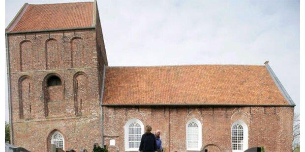 Zwei deutsche Kirchtürme machen Pisa Konkurrenz