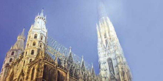 Tausende Gläubige verlassen Kirche